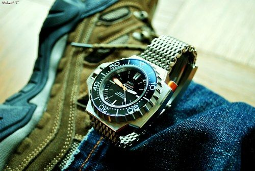 adrianlee:    Omega Ploprof 1200m. Photo by Nishant.  Another great shot by nishant.