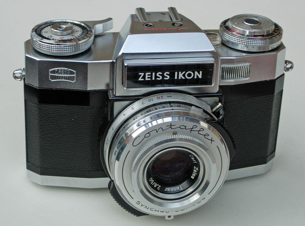 Zeiss Ikon Contaflex Super B 35mm SLR & Carl Zeiss Tessar