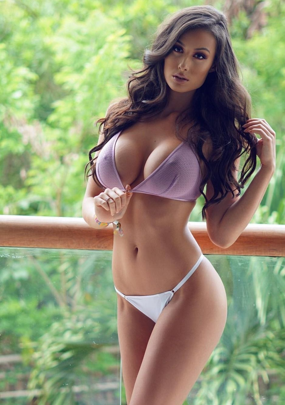 cleavage Images Bianca Kmiec naked photo 2017