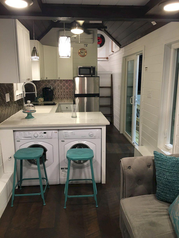 Top 10 Creative Modern Tiny House Interiors Decor We Could Actually Live In Cocinas De Casas Pequenas Interiores