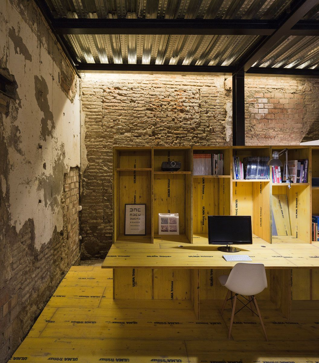 CUAC Arquitectura   Project   SAN JERÓNIMO 17. REFORMA DE LOCAL PARA  OFICINA TALLER   Image 6. Industrial WorkspaceIndustrial StyleSt ...