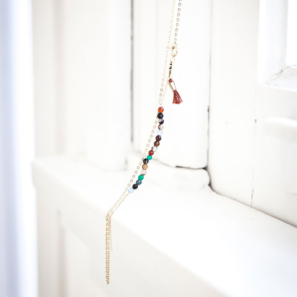 Necklace short with multi color agate faceted details | Lennebelle jewelry www.lennebelle.com