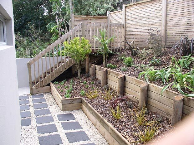retaining wall and staircase httpwwwpiercelandscapingconz - Retaining Wall Designs