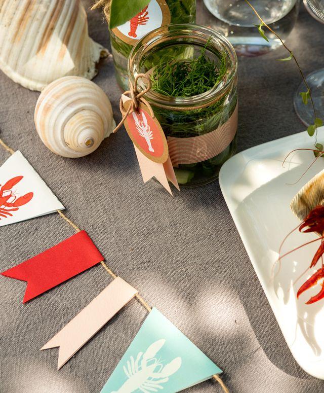 Rapukattaus kahdelle | A stylish crayfish dinner for two.
