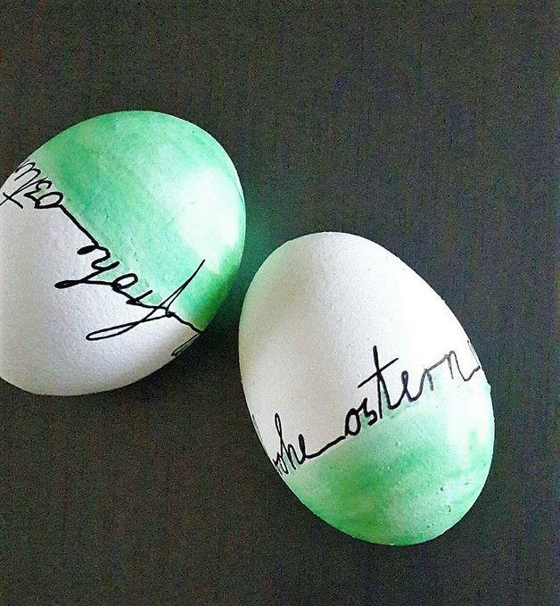 Photo of 2 handbemalte Ostereier mit modernen Design Hühnerei- ausgeblasen, handbemalt  …