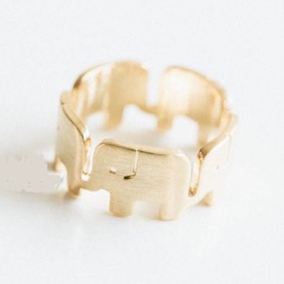 Lucky elephant ring in gold Brand new. Super cute! Must buy gold tone lucky elephant ring. Material: zinc alloy. Bundle to get even bigger savings! Offers welcome. ❌No trades. Boutique Jewelry Rings