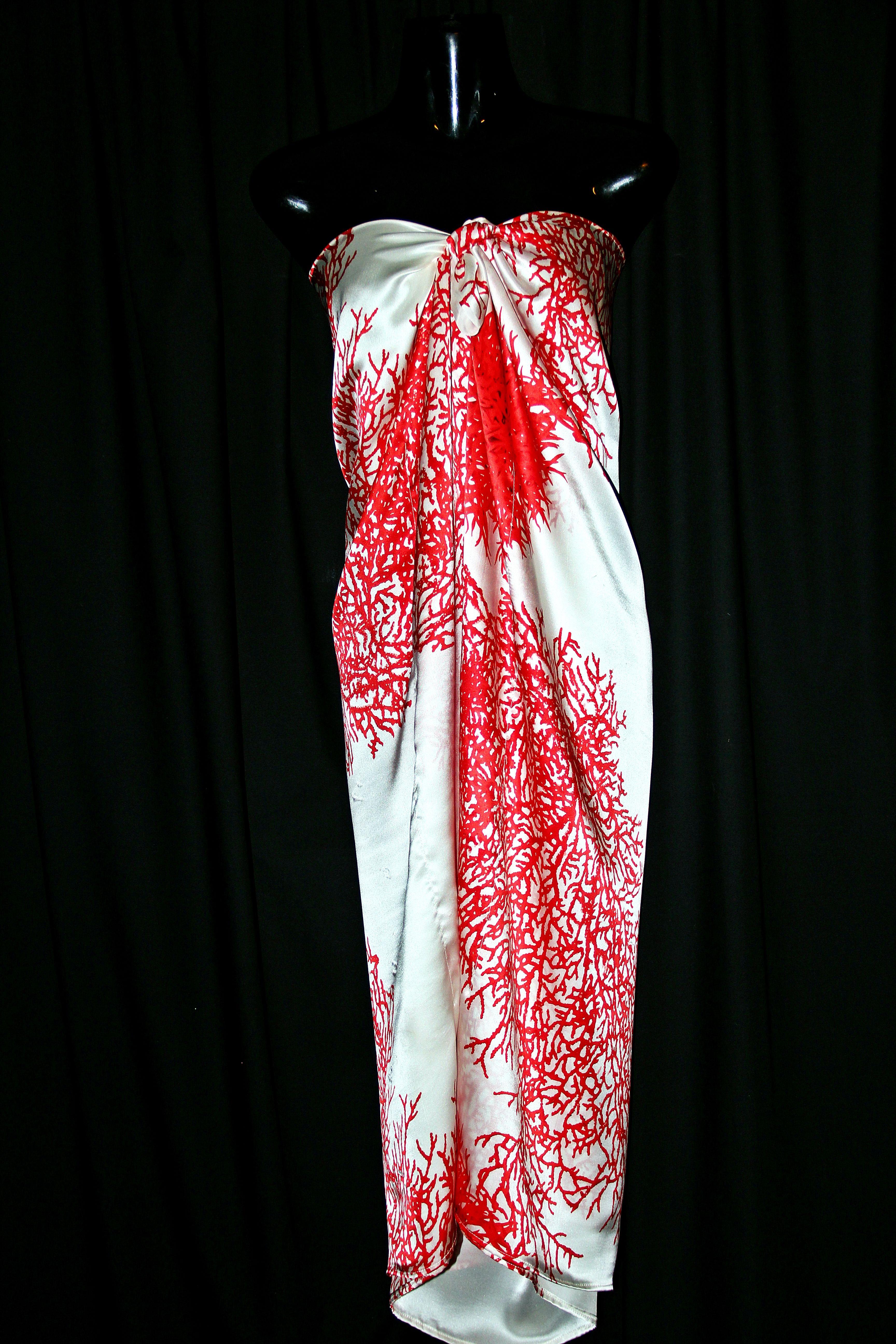 silk kaftan tied sarong style | Moda | Pinterest | Pareos