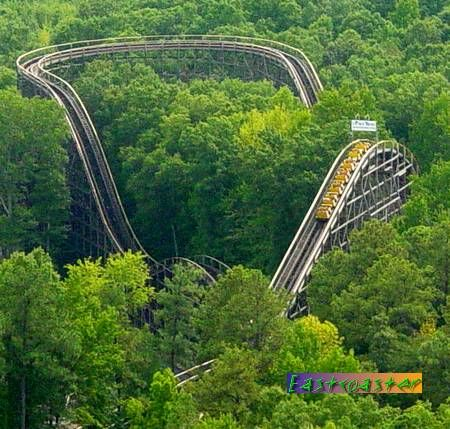Rollercoaster The Grizzly Joyland Amusement Park Amusement Park Rides Roller Coaster