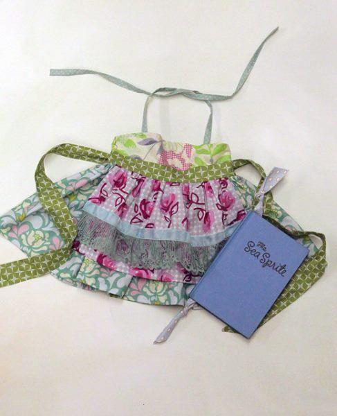 Hibiscus Ellie, I love the fabric pairings!