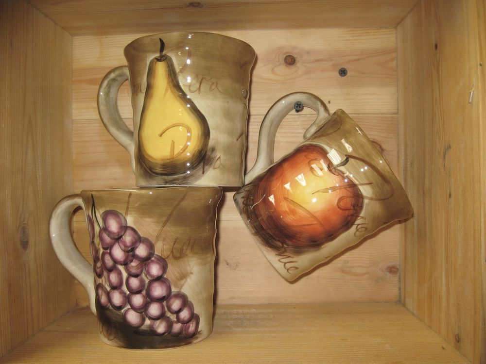 ... Tabletop Unlimited Dishes #16   3 Tabletops Unlimited Hand Painted  Apple Pear Grape Mugs Cups ...