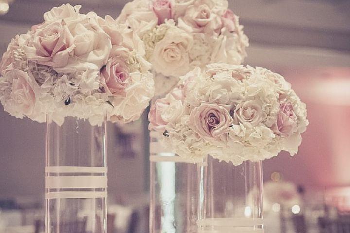 Secretos para ahorrar en tus flores para tu quinceañera