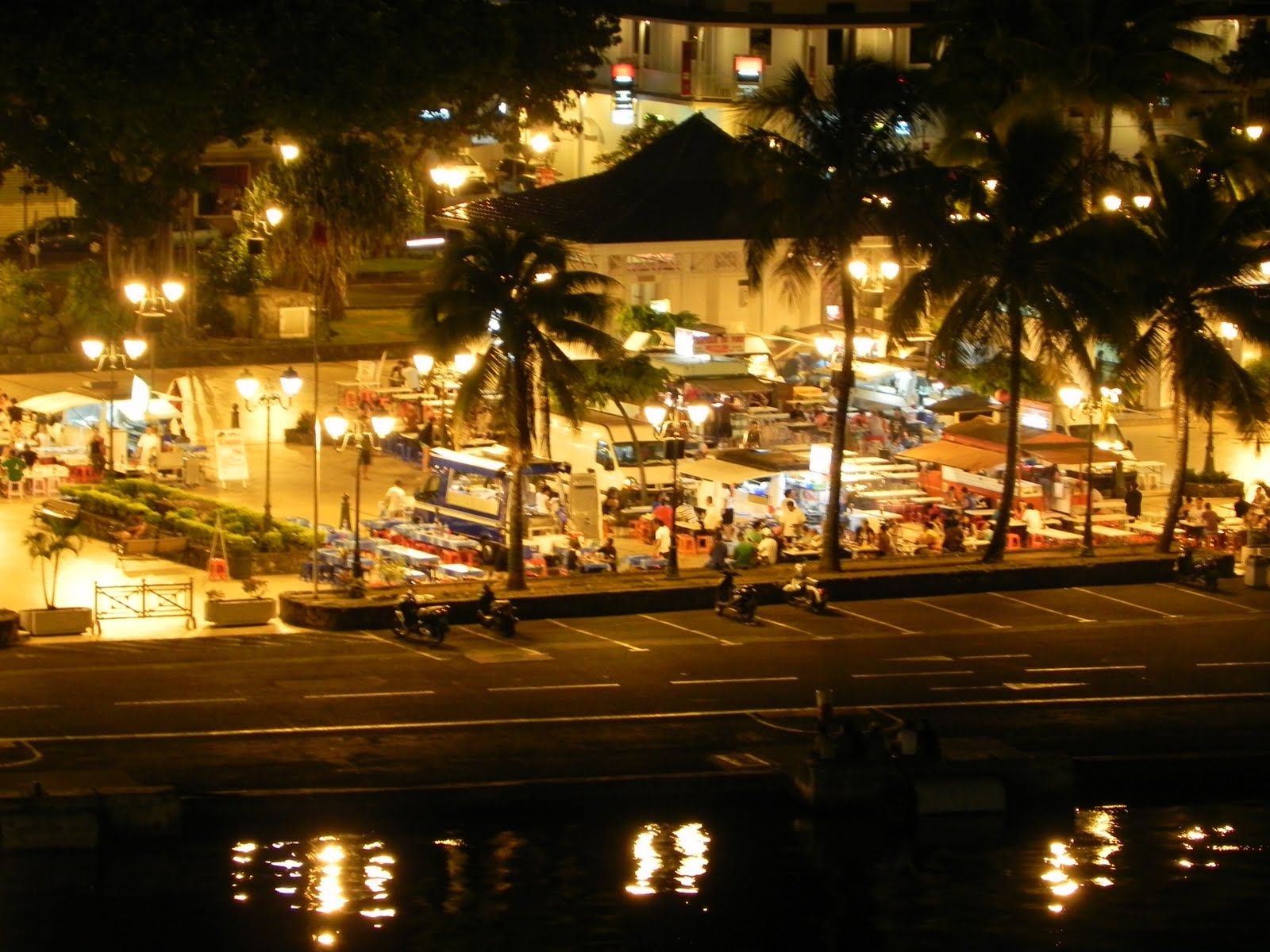 Tahiti- Papeete Dating Site cunoașterea femeilor și a telefonului