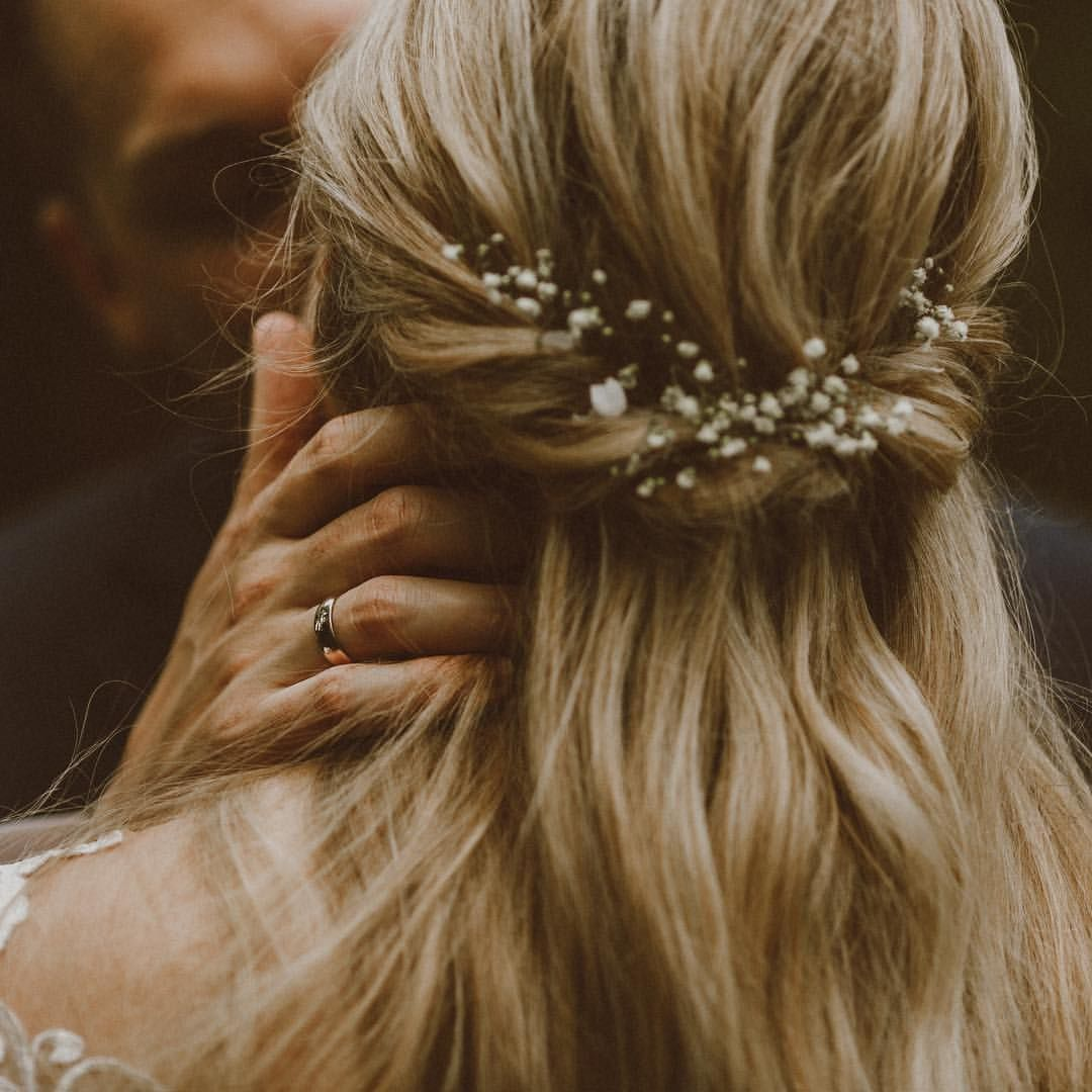 Brautfrisur mit Schleierkraut | Brautfrisuren