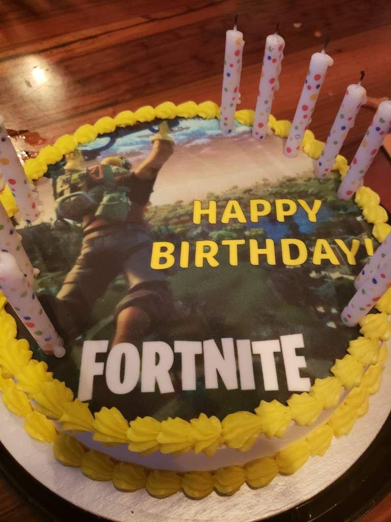 30 Pretty Picture Of Birthday Cake Memes My Little Brother Got