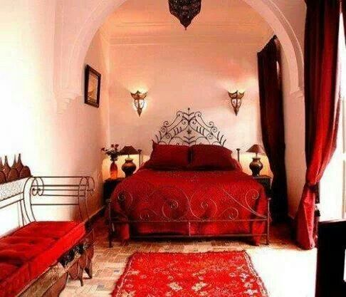 Moroccan Decor Ideas With Stripes And Realist Paintings Red Typical Carpet Pillow Bed Sheet Metal