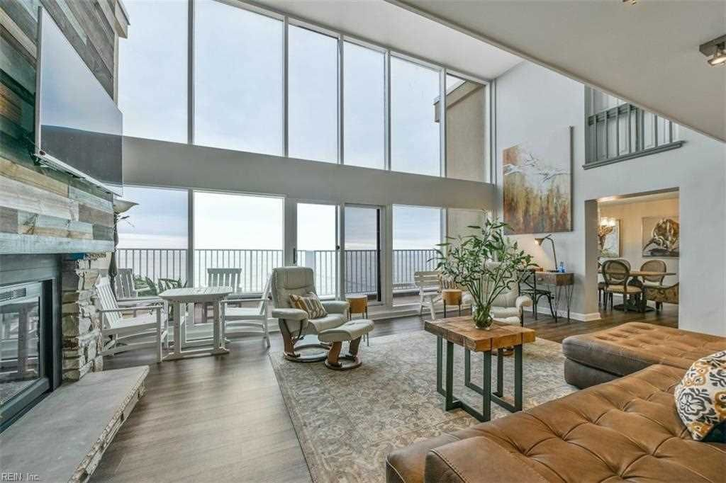 Home For Sale In Dolphin Run Condominium Virginia Beach Va 23451