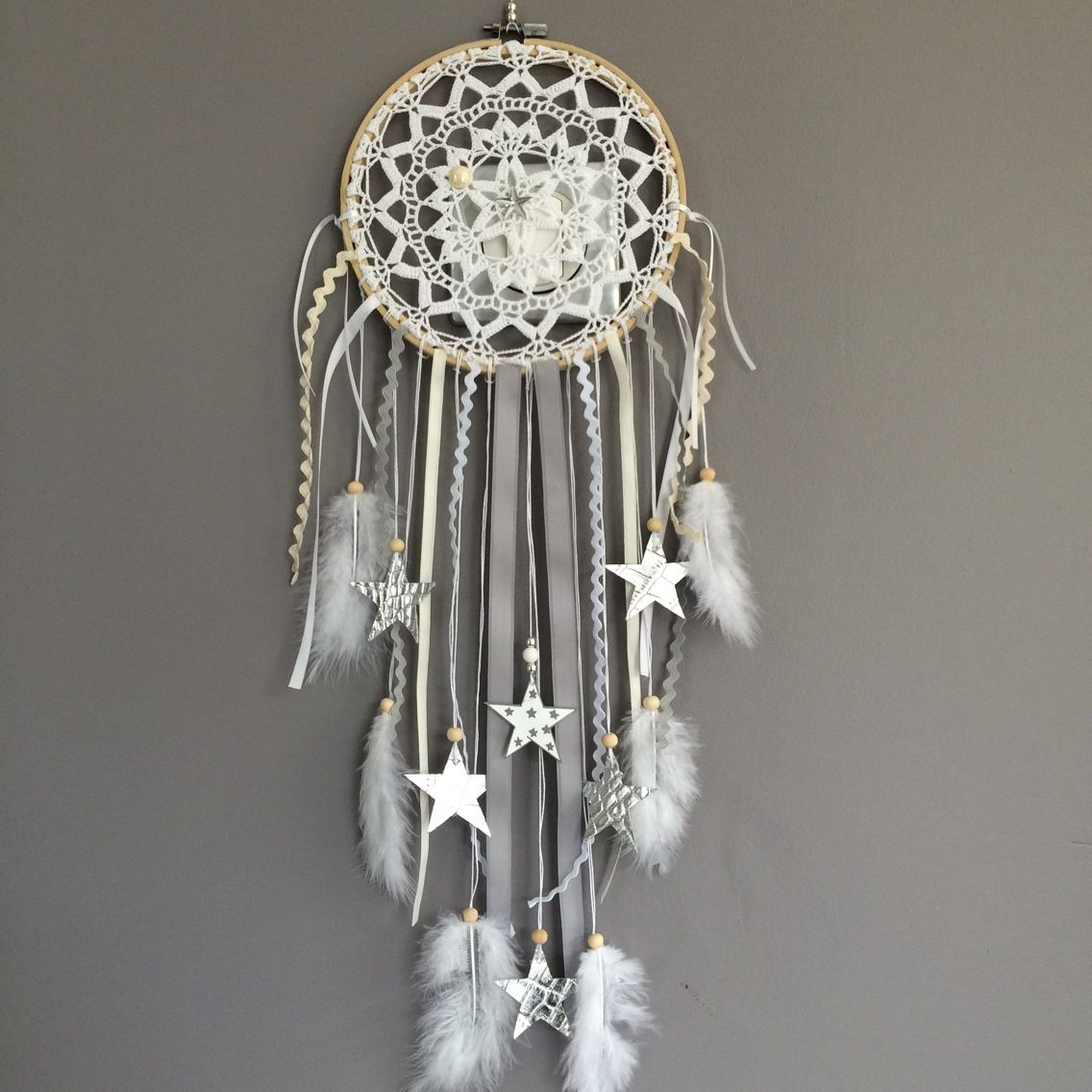 attrape r ves dreamcatcher attrapeur de r ves en dentelle plumes et perles bois. Black Bedroom Furniture Sets. Home Design Ideas