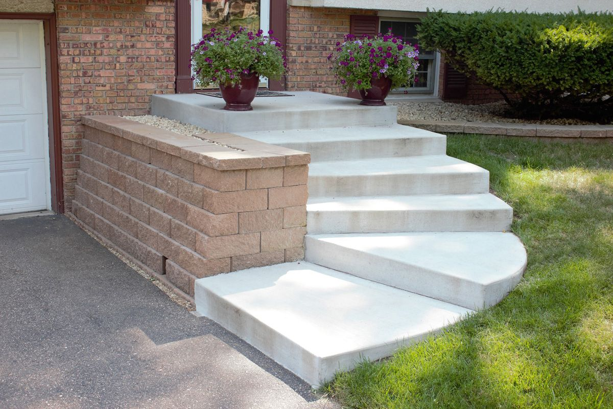 Curved Concrete Steps Anchor Diamond Block Retaining Wall Front Door Steps Outdoor Stairs Front Steps