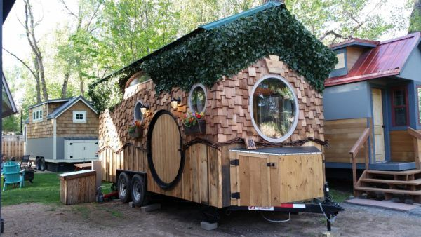 How You Can Finally Stay in a Tiny House! 34 Tiny House Vacations