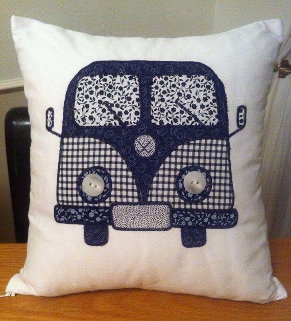 patchwork navy white appliqued campervan cushion combi kissen n hen n hen e kinderkleid n hen. Black Bedroom Furniture Sets. Home Design Ideas