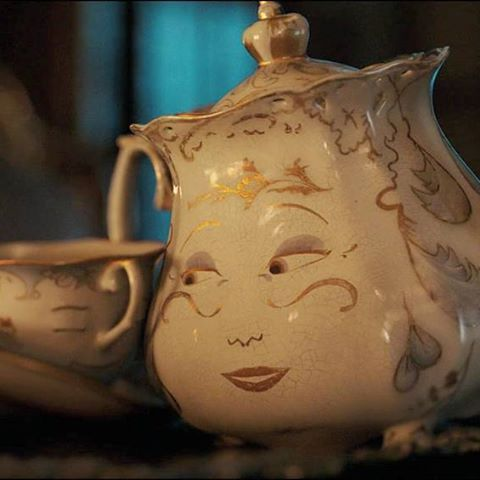 """""""You'll have your days in the sun again. You just leave it to me"""" #beautyandthebeast #labellaylabestia #mrspotts #chip #emmathompson #nathanmack #disney"""