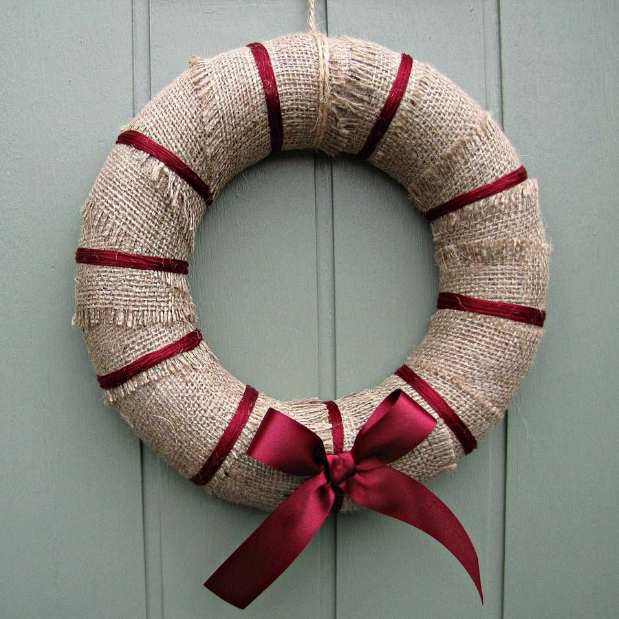 appealing stunning and glamorous modern christmas wreaths  hanging whreatson the door interior also outdoor. appealing stunning and glamorous modern christmas wreaths