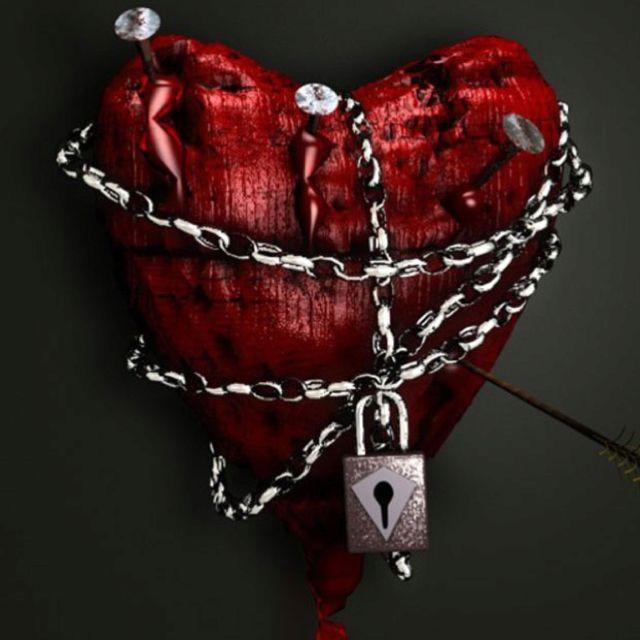Love Lockdown Heart Pictures Chain Tattoo Heart Art