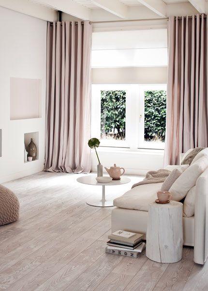 Soft pink creme living room