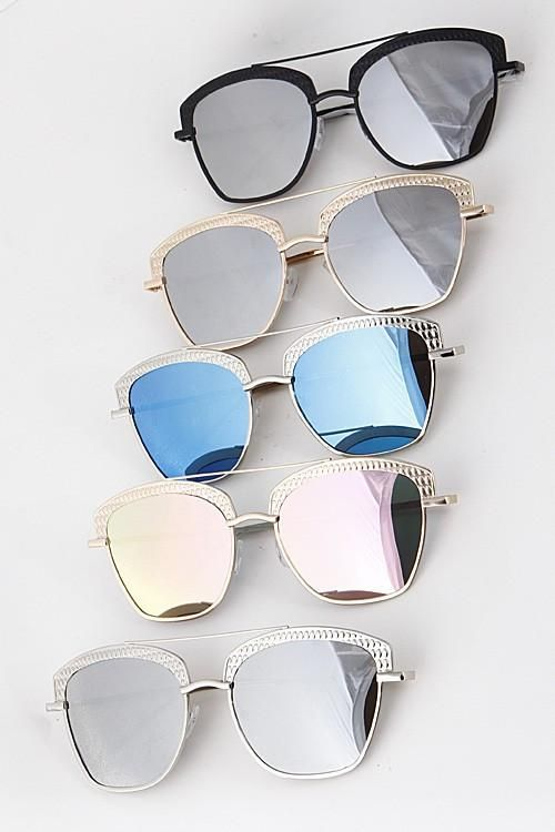 0cfd59db4ee21 Uptown Girl Sunglasses   Pinterest   Óculos