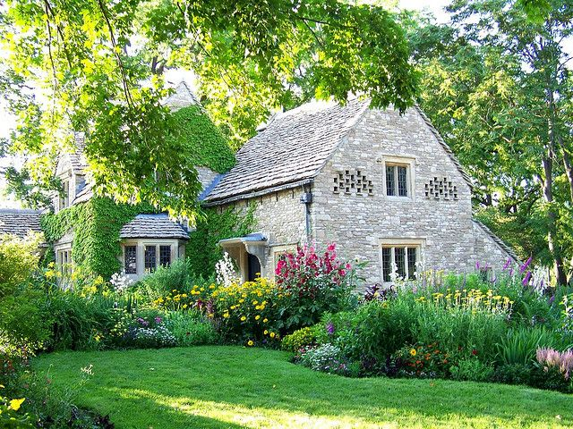 Cotswold cottage english cottages english and rose for Cotswold cottage house plans