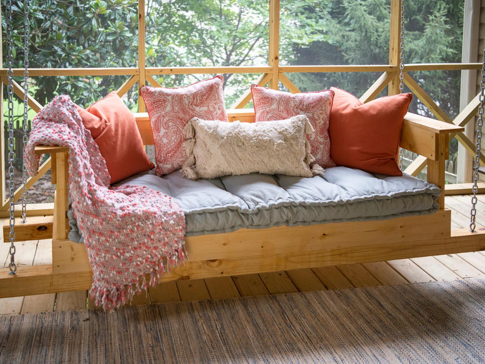 how to build a daybed for outdoors
