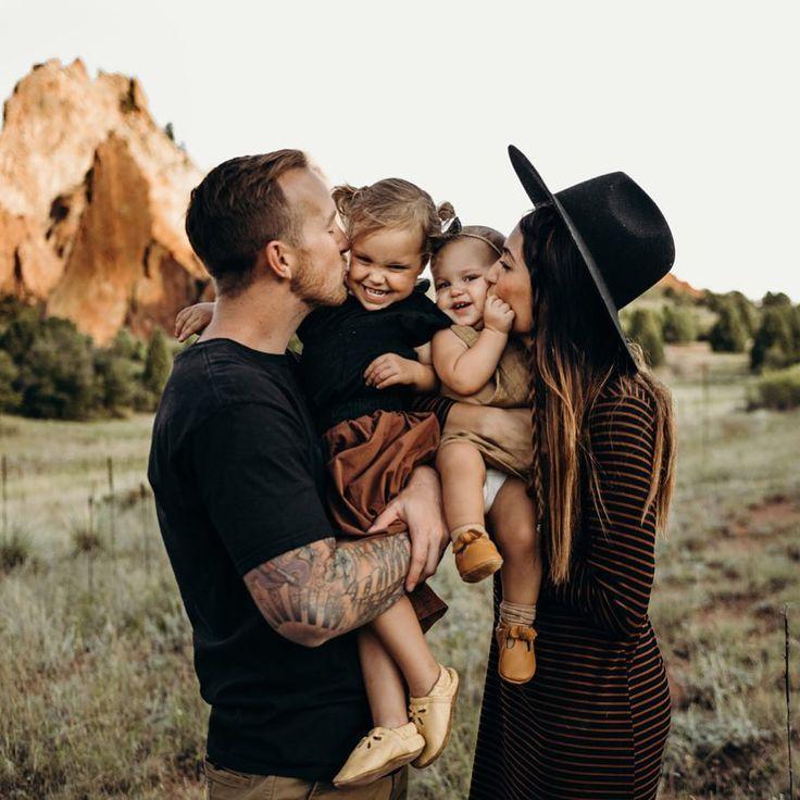 Photo of süßes Familien Foto aus der Kindheit #falloutfitsformoms süßes Familien Foto…