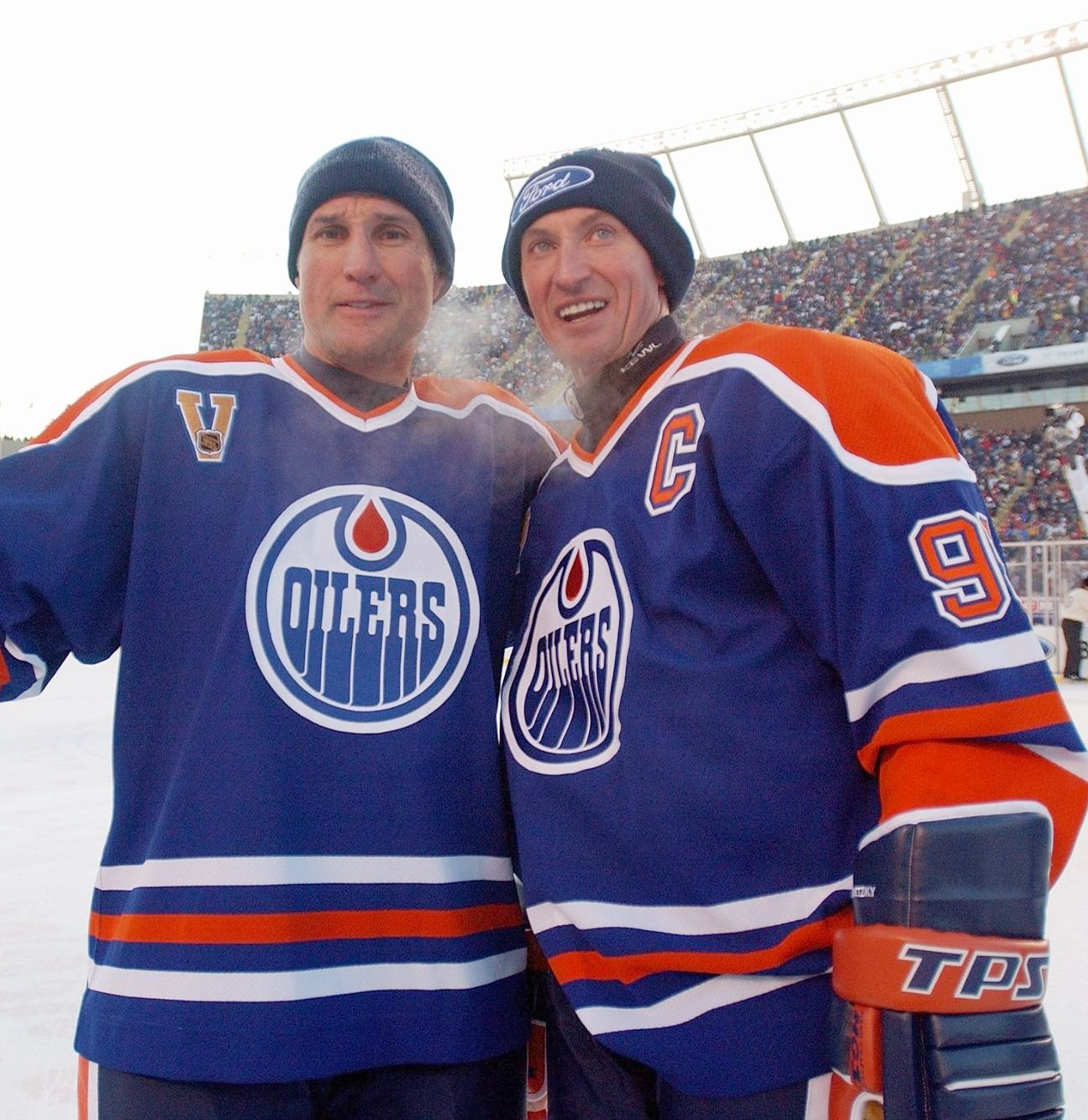 The Oilers Alumni Roster For The Heritageclassic In Winnipeg Has Been Announced These Players Have All Been Confirmed Oilers Edmonton Oilers Hockey Players