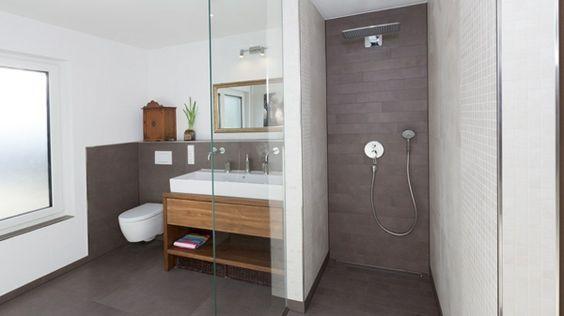 Fußboden Fliesen Für Dusche ~ Bodenfliesen beeinflussen das gesamtbild des bades bad