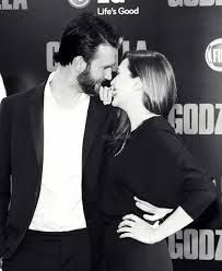 Image result for elizabeth olsen and chris evans manip