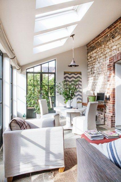 Chalk-Brick Wall - Garden Room Designs, Ideas (houseandgarden.co.uk)