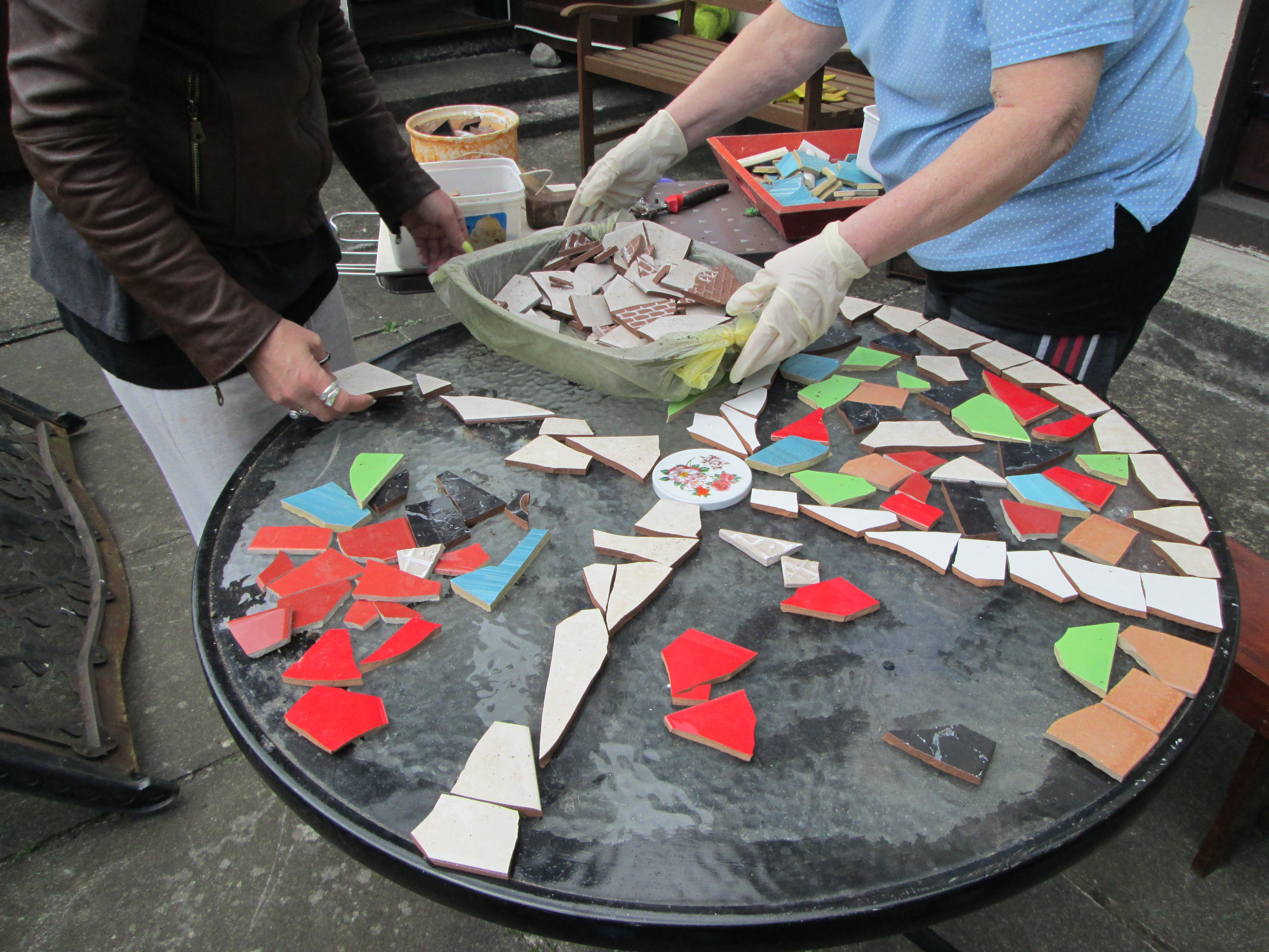 Design Mosaic Table Top With Ceramic Tiles
