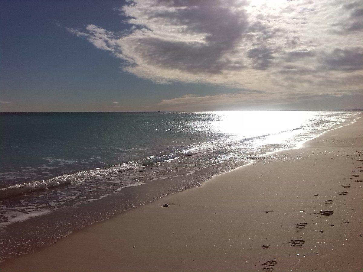 6 Beautiful Valencia Beaches: Sand, City and Wild Nature  #valencia #spain #beach #travel http://readr.me/-ivaz