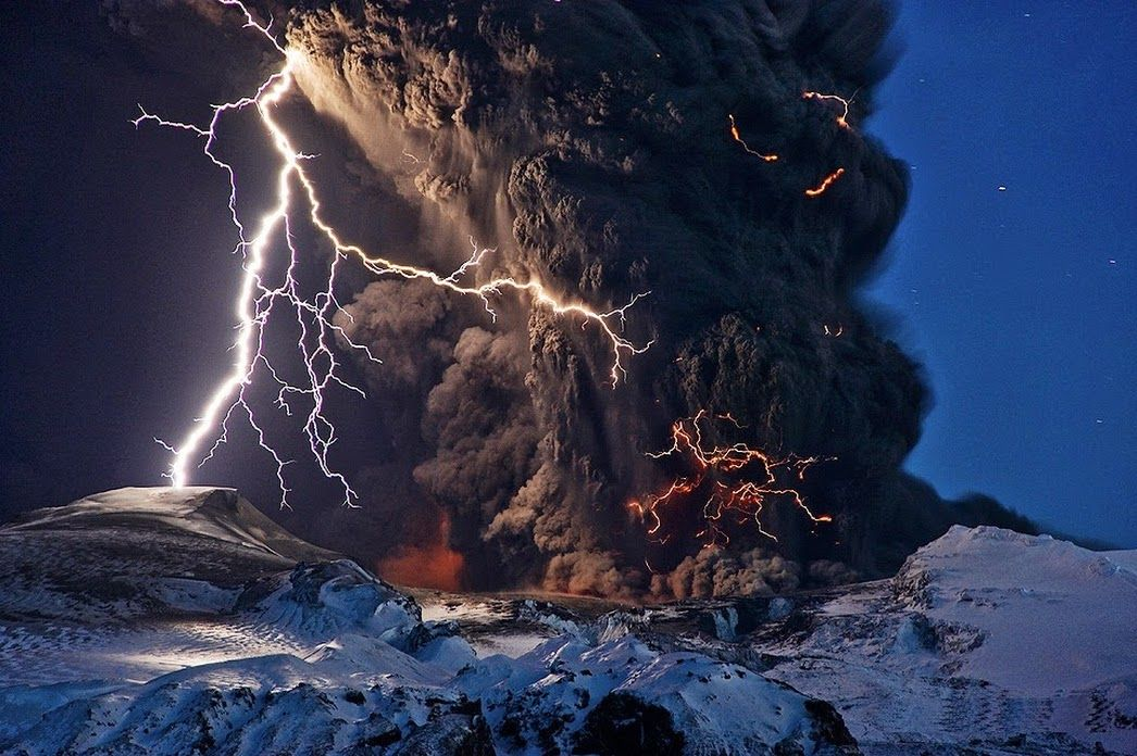 Earth Shared publicly  -  6:22 AM   Ash and Lightning above an Icelandic Volcano  Why did the picturesque 2010 volcanic eruption in Iceland create so much ash? Although the large ash plume was not unparalleled in its abundance, its...