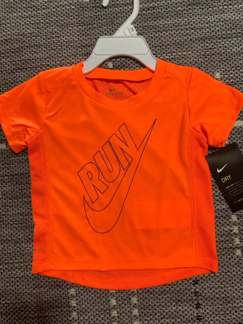 Nwt nike toddler drifit tshirt size 3 dri fit t shirts
