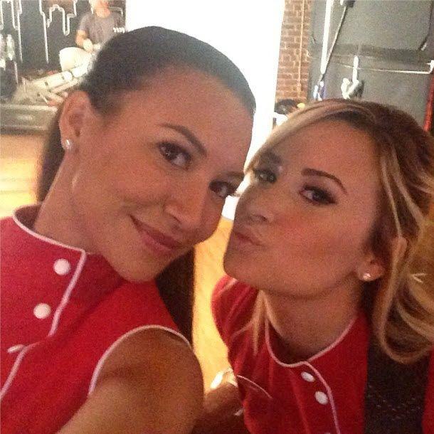 Glee Season Five Spoiler When Do Demi Lovatos Dani And Santana Kiss Update
