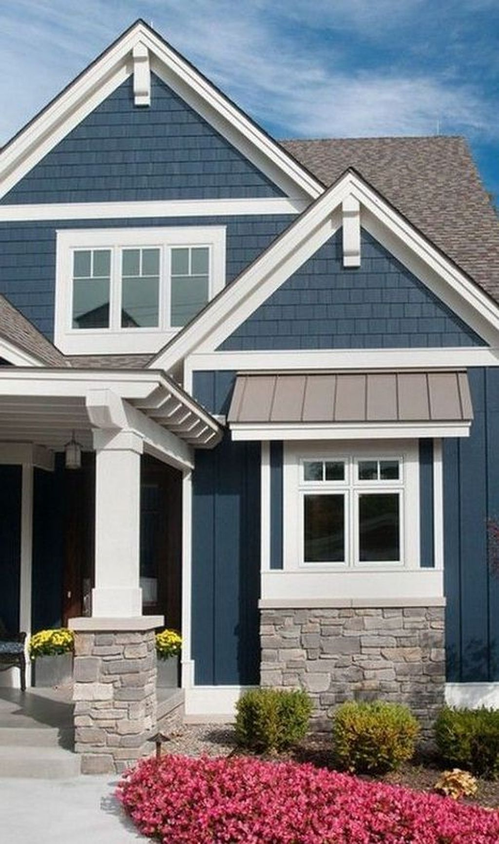 30 Outstanding Exterior House Trends Ideas For 2019 House Paint Exterior Exterior Paint Colors For House House Exterior