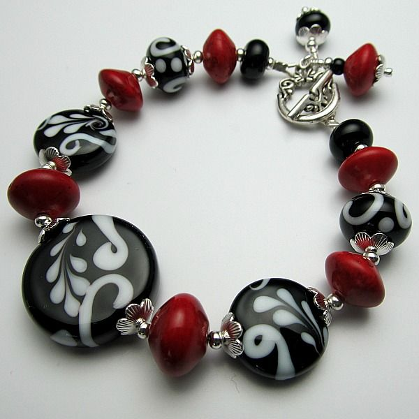 handmade beaded jewelry and lampwork jewelry designs black and white lampwork