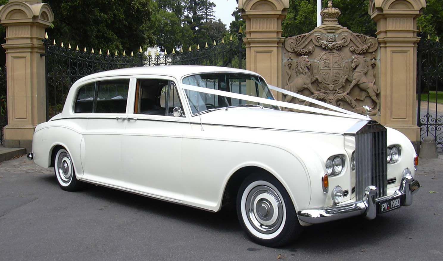 Poss Choice Of Wedding Car White Rolls Spring Wedding