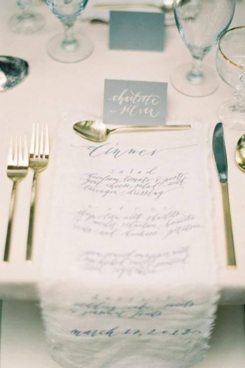 Oceanside Wedding Styling / Gold Cutlery (instagram @the_lane)