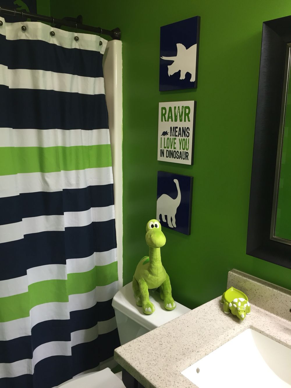 Dinosaur bathroom new house pinterest room kid for Bathroom decor green walls