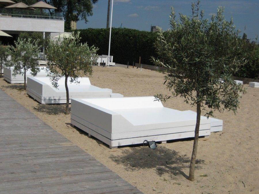 Sixinch, Beach club cabane