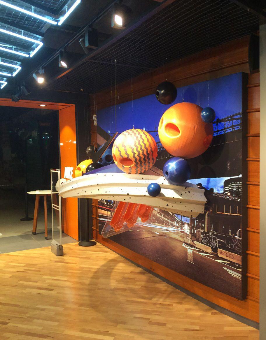 Nike Air Max Lunar 1 Breathe retail 3D window display sports
