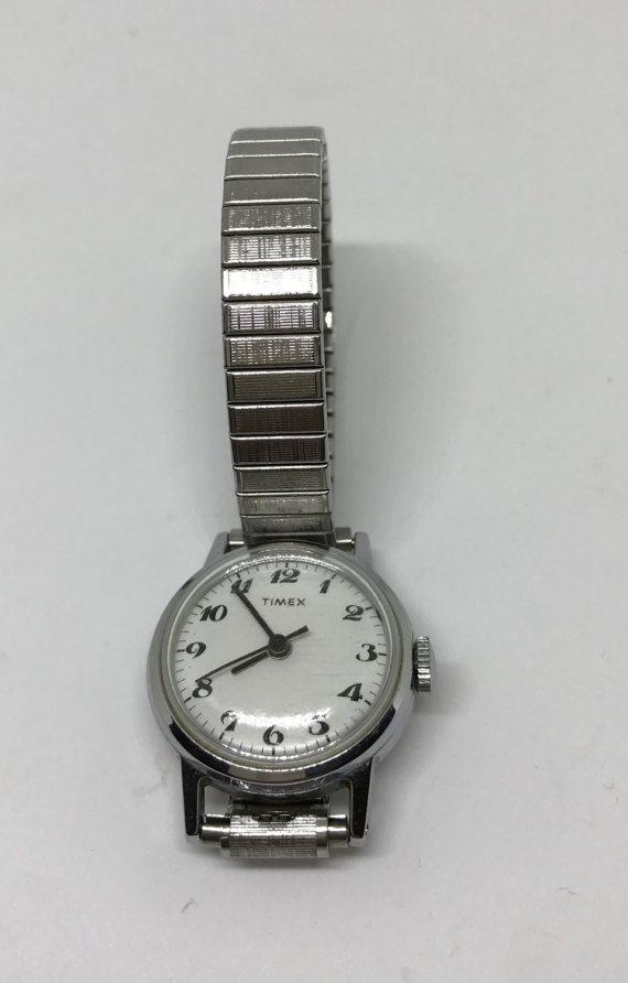 227ab6e90 Vintage Wind Up Timex Ladies Wrist Watch No Batteries! Silver Round ...