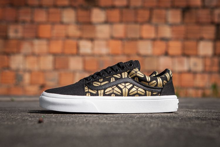 Vans Kobe Bryant First Edition Limited Edition 085 zy-03324  Vans ... 3df54f701